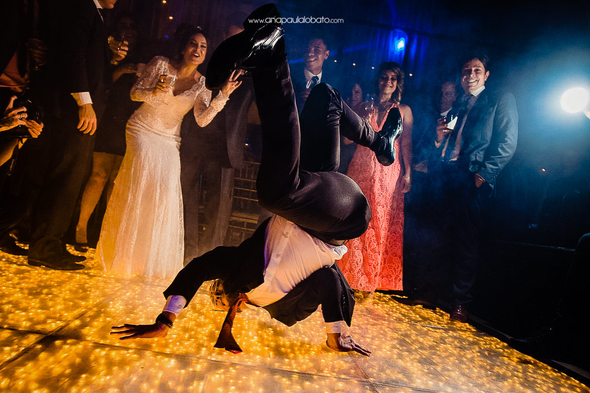 crazy dance wedding
