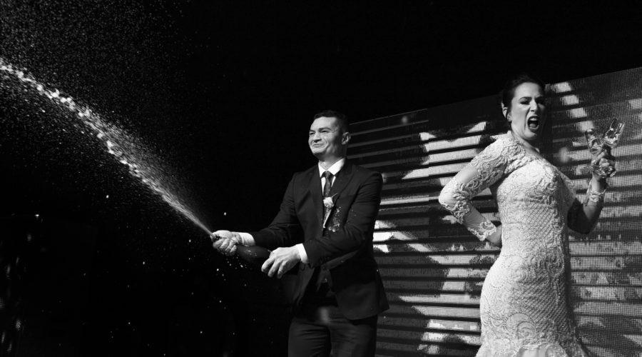 noivos champagne palco